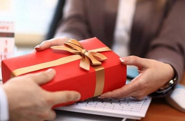 tặng quà tết cho doanh nghiệp 3