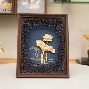 tranh hoa sen dát vàng 2