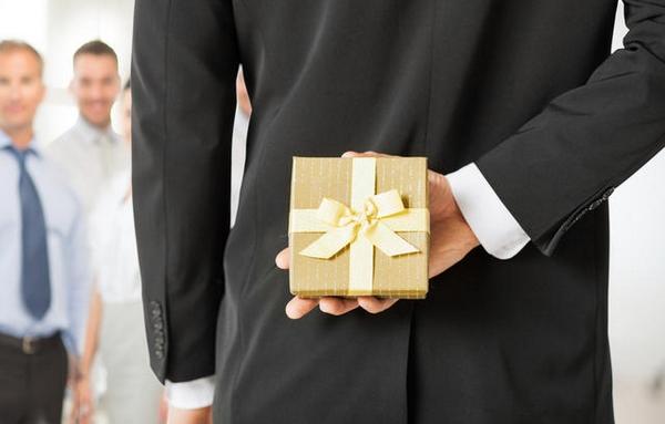 sai lầm trong lựa chọn quà tặng doanh nghiệp 3