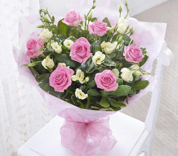 Bó hoa tặng mẹ