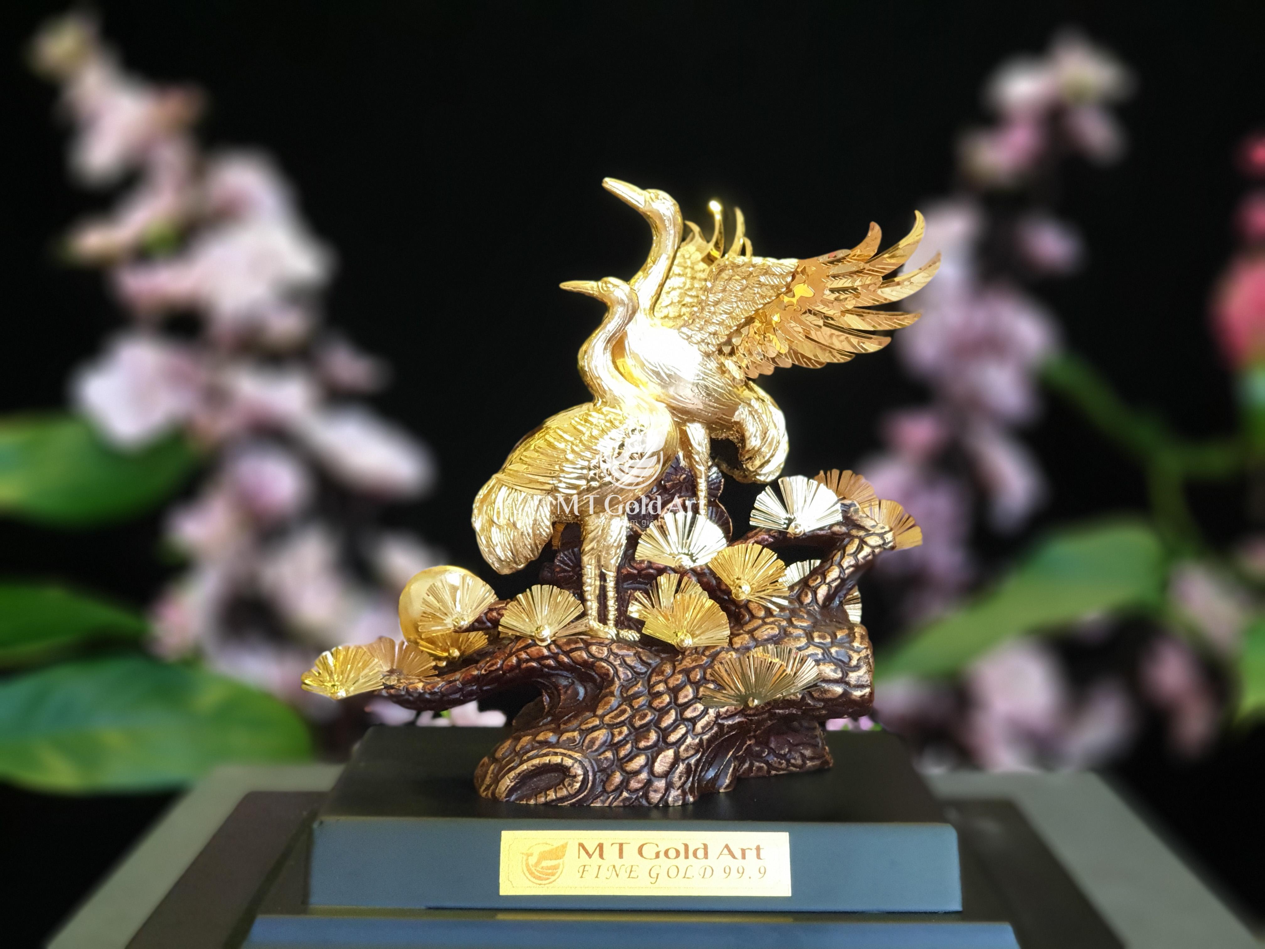 tượng chim hạc dát vàng